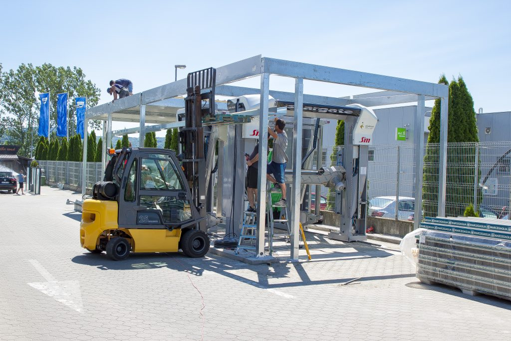 montaj structura si spalatorie automata cu perii 3